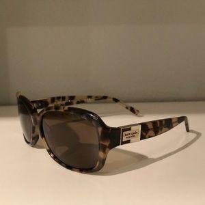 Kate Spade Annika polarized sunglasses with case